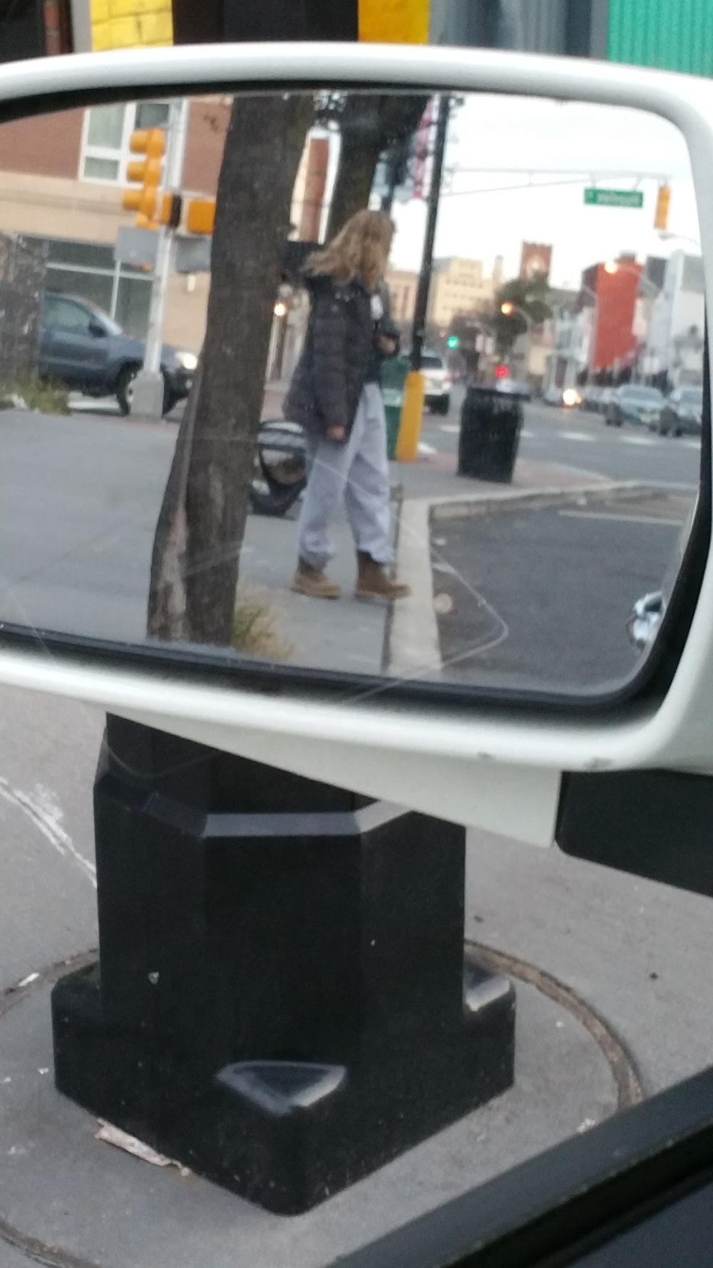 b_newark_side_mirror